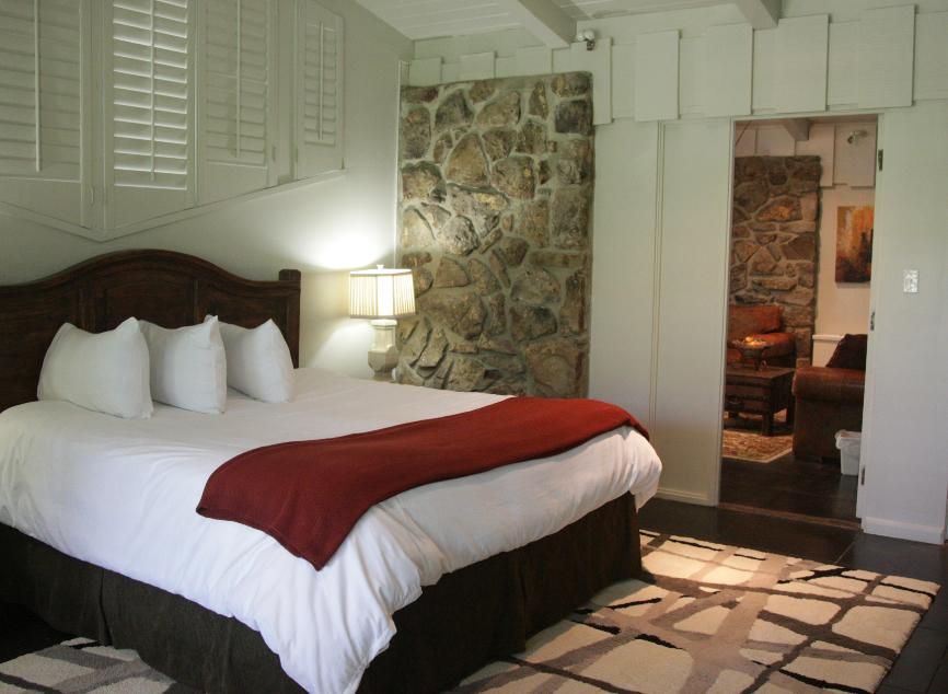 Red Apple Inn Go See Do AR - Red apple bedroom furniture